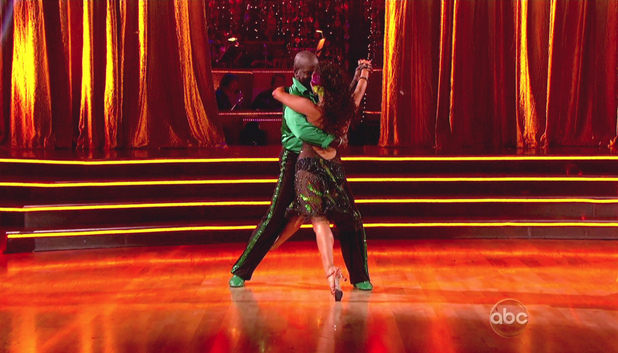 Dancing With The Stars S15E01: Emmitt Smith and Cheryl Burke