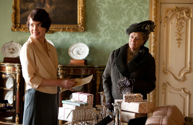 Elizabeth McGovern as Countess of Grantham, Cora, Maggie Smith as Dowager Countess of Grantham, Violet