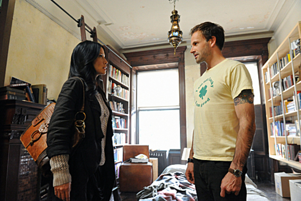 USTV series &#39;Elementary&#39; debut (27/09/2012) starring Jonny Lee Miller as Sherlock Holmes and Lucy Liu as Watson