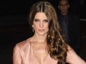 Twilight actress Ashley Greene says being famous makes dating hard.