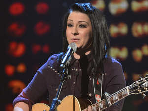 The X Factor Live Show 1: Lucy Spraggan