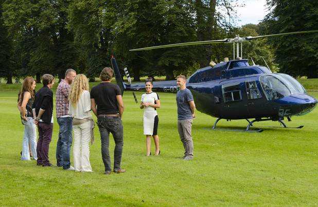 Gary Barlow and Cheryl Cole arrive at judge's houses for X Factor
