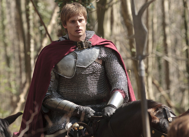 Merlin Season 5, Episode 1 - 'Merlin's Bane - Part 1'. King Arthur Pendragon (Bradley James)