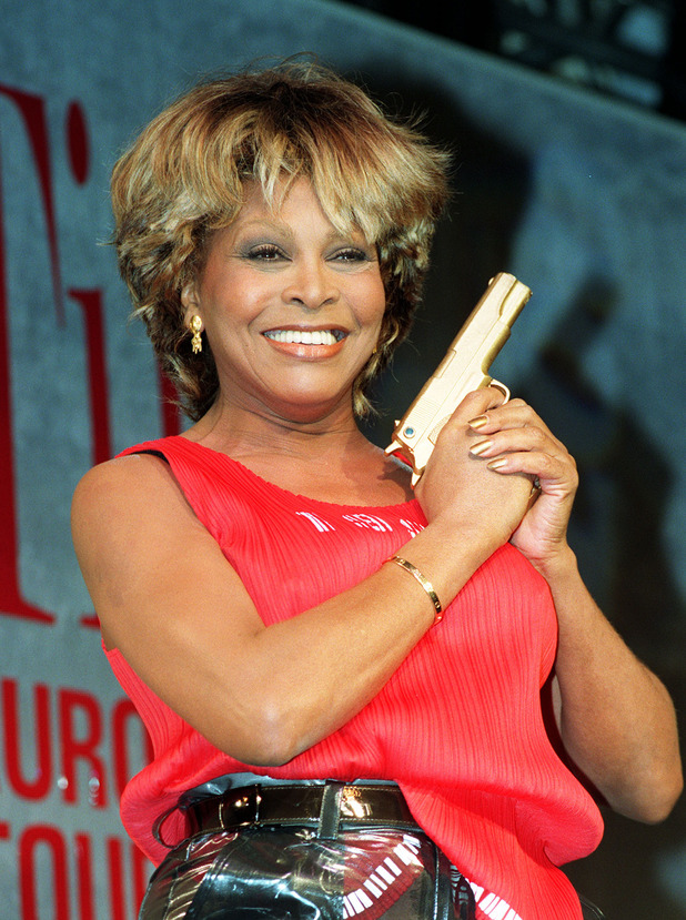 Tina Turner, Goldeneye, 1995, James Bond