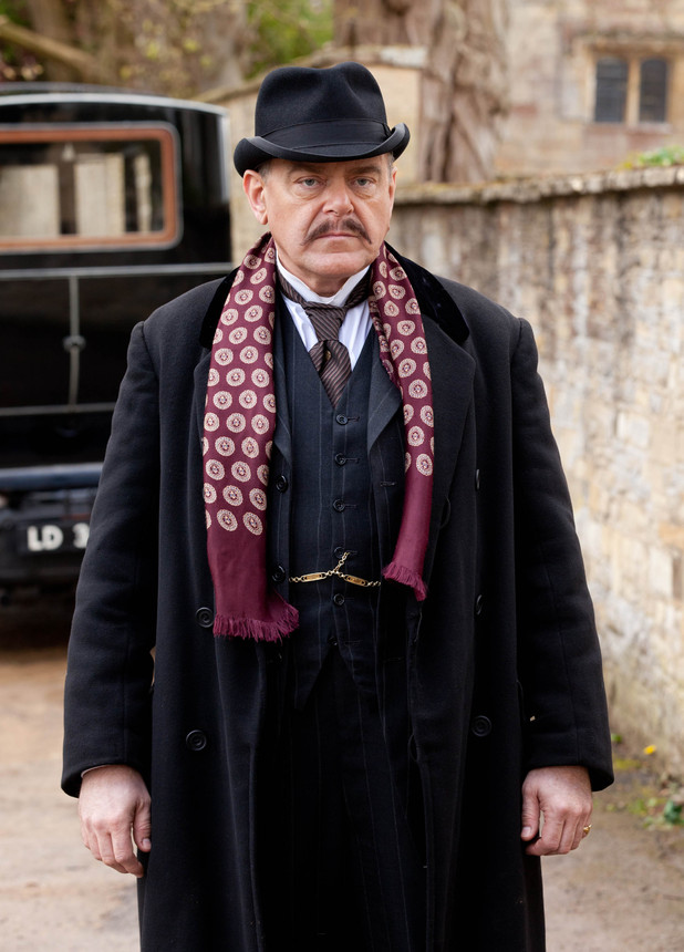 Kevin McNally as Mr Bryant - Downton Abbey S03E04 ...