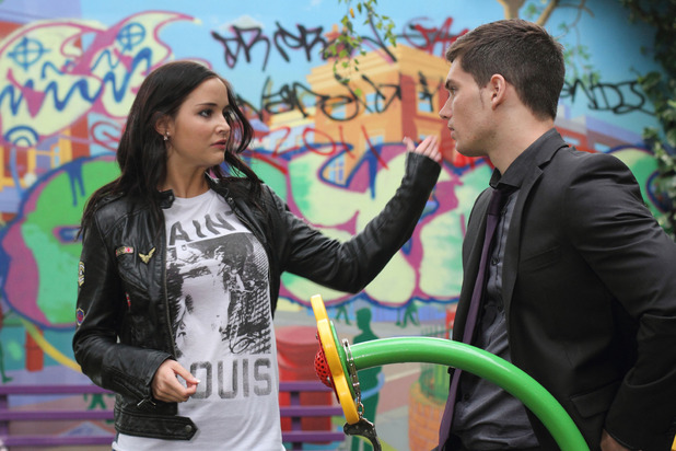 Lauren slaps Joey in EastEnders