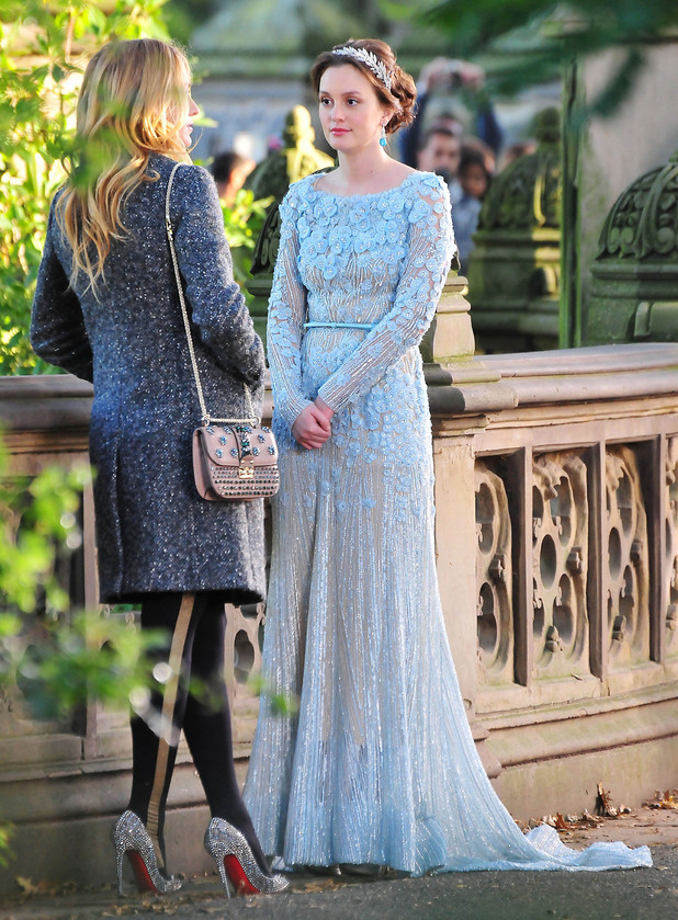 Blake Lively and Leighton Meester,  filming 'Gossip Girl' on location in Central Park. New York City