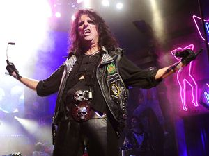 Alice Cooper joins the cast of 'Rock of Ages' to celebrate the 40th anniversary of 'School's Out'.