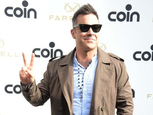 Robbie Williams at Coin in Milan