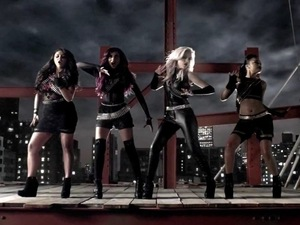 Little Mix &#39;DNA&#39; music video.