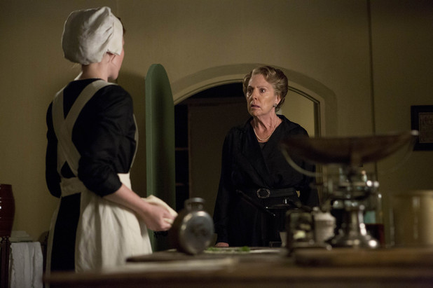 Amy Nuttall as Ethel Parks and Penelope Wilton as Isobel Crawley
