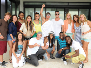 The X Factor USA: Simon Cowell with the successful groups