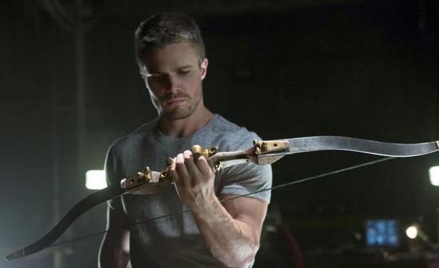 &#39;Arrow&#39; (Season 1, Episode 3) - &quot;Lone Gunman&quot;