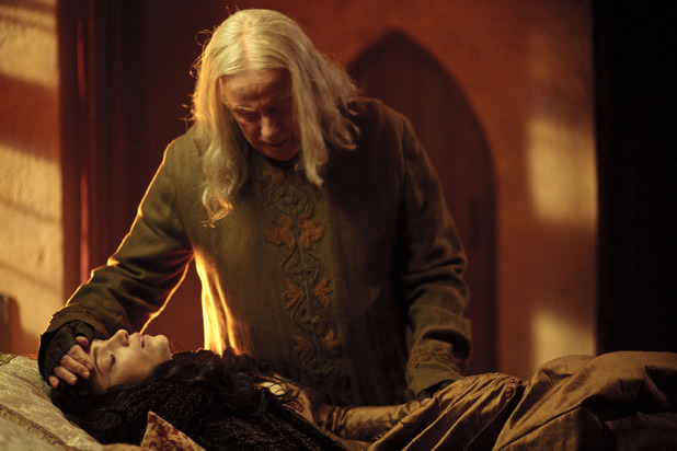 Merlin S05E04 - 'Another's Sorrow': Gaius (RICHARD WILSON ), Princess Mithian (JANET MONTGOMERY)