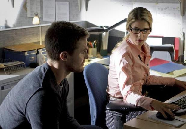 "'Arrow' (Season 1, Episode 3) - ""Lone Gunman"" Stephen Amell as Oliver Queen and Emily Richards as Felicity"