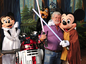 "Star Wars creator and filmmaker George Lucas meets a group of ""Star Wars""-inspired Disney characters at Disney''s Hollywood Studios theme park in Lake Buena Vista"