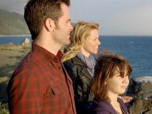 Chris Pine, Elizabeth Banks, People Like Us