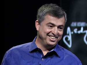 Eddy Cue of Apple