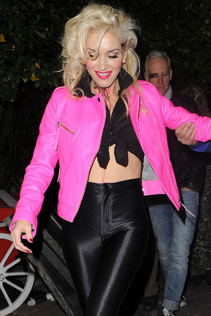 Gwen Stefani leaving a Halloween party held at the home of television presenter Jonathan Ross. London, England