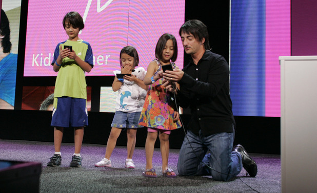 Windows Phone 8 launch: Joe Belfiore demos Kid&#39;s corner