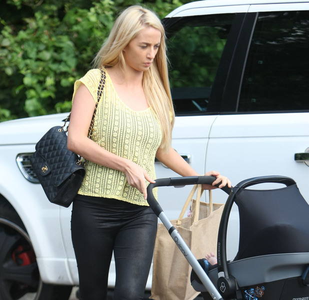 Chantelle Houghton out and about in Brentwood with her daughter Dolly Essex, England - 11.09.12 Credit: (Mandatory) WENN.com