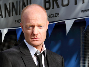 Max Branning (JAKE WOOD) 