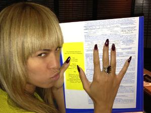 Beyonce on iam.beyonce.com