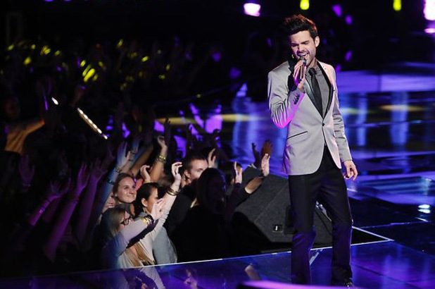 The Voice Season 3 Live Playoffs Part 2: Cody Belew