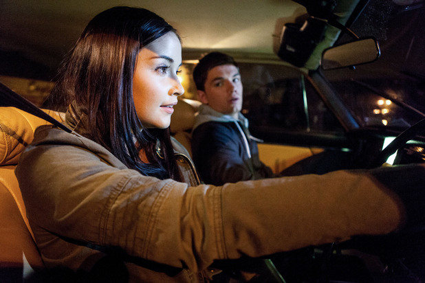 Lauren and Joey speed off to escape Walford and build new lives together.