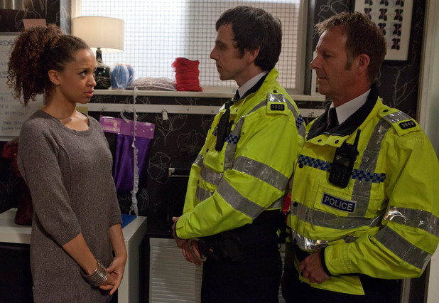 8002: The police arrive at Underworld to speak to Kirsty