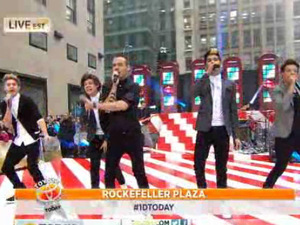 One Direction perform on 'Today' - video still