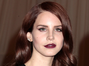 Miss Mode: Lana Del Rey with dark lips at Costume Institute Gala Benefit