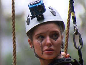 Helen Flanagan, I'm a celebrity 2012, High Wire challenge
