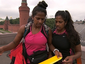 The Amazing Race (11/11/2012) 'Off to See the Wizard' - Nadiya and Natalie