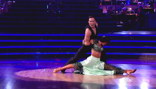 Dancing WIth The Stars S15E14: Karina Smirnoff and Apolo Anton Ohno