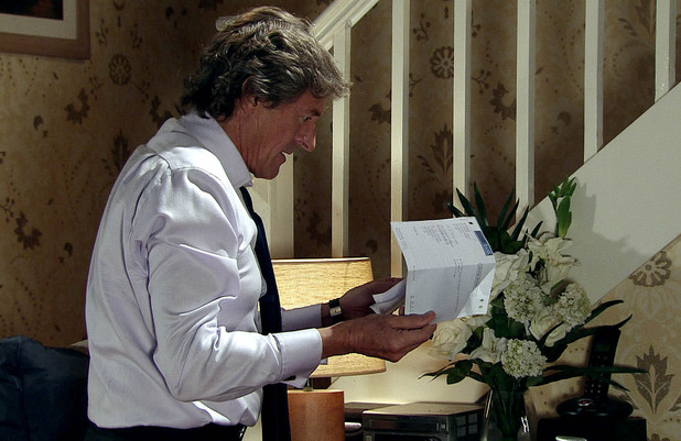 Gail invites Lewis to stay at her house