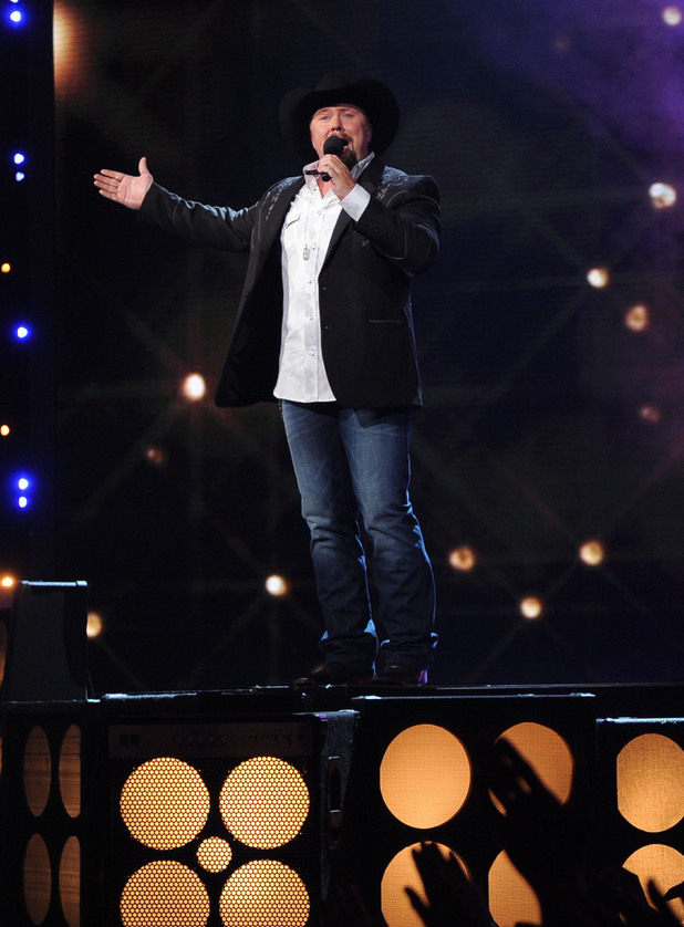 'The X Factor' Top 12 perform: Tate Stevens