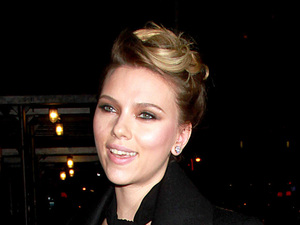 Miss Mode: Scarlett Johansson 'The Late Show with David Letterman' at the Ed Sullivan Theater - Arrivals New York City, USA - 20.11.12 Mandatory Credit: HRC/ WENN.com
