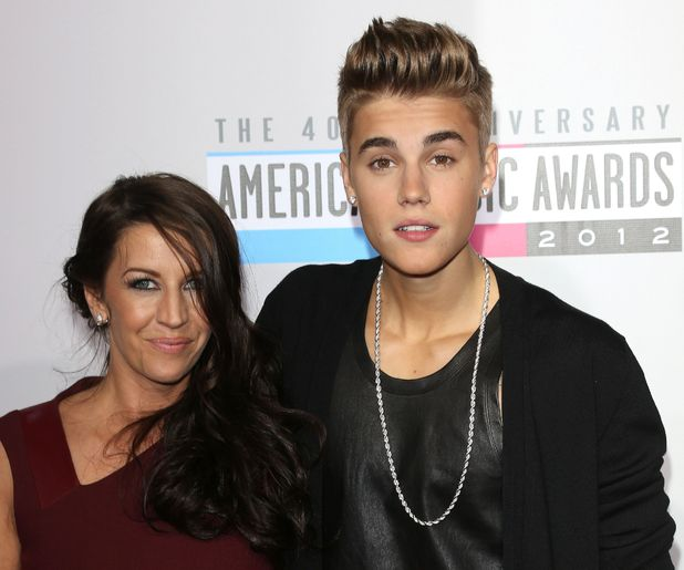 Justin Bieber with his mum Pattie Mallette at the AMAs 2012