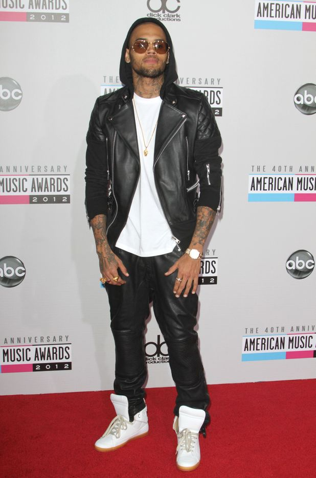 Chris Brown at the AMAs 2012