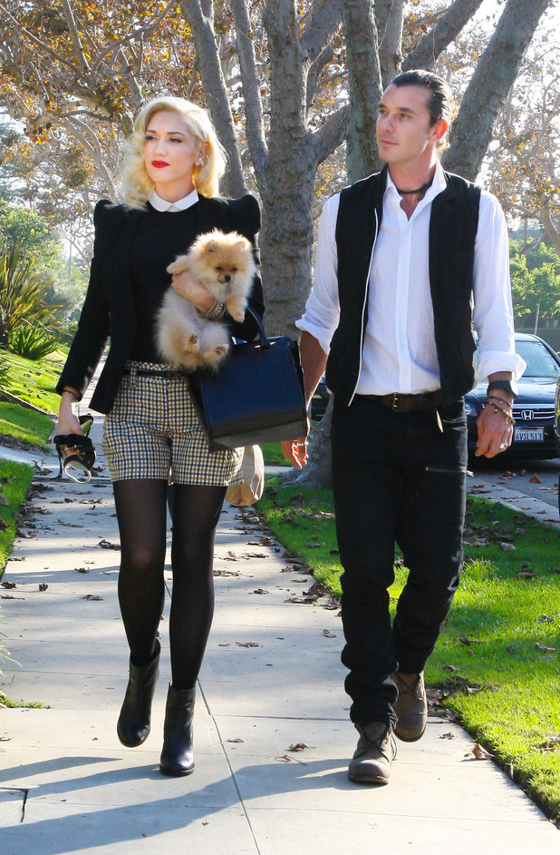 Gwen Stefani and Gavin Rossdale arrive at her parents for Thanksgivin