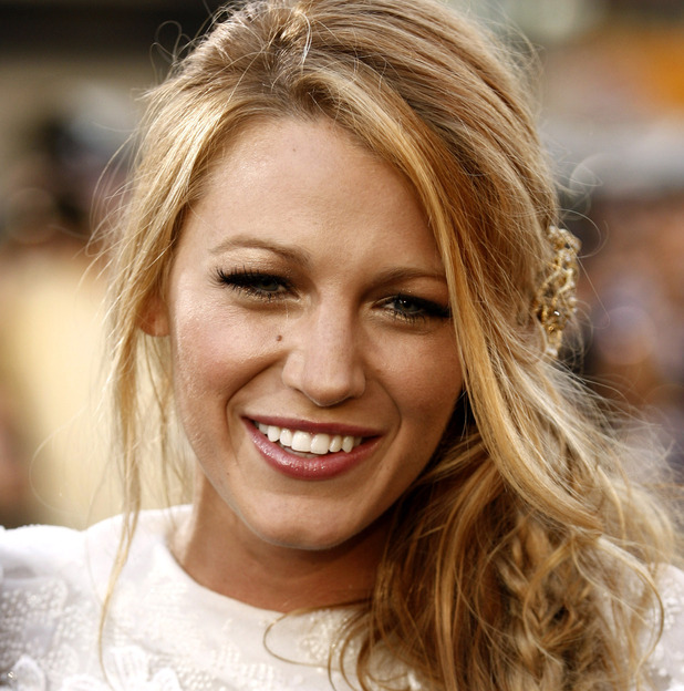 "Cast member Blake Lively arrives at the premiere of ""Green Lantern"" in Los Angeles, Wednesday, June 15, 2011."