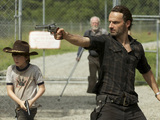 The Walking Dead - Season 3, Episode 7: Carl Grimes (Chandler Riggs) and Rick Grimes (Andrew Lincoln) - (Background) Hershel Greene (Scott Wilson)