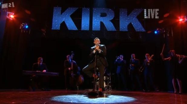 Kirk Norcross sings on TOWIE Live