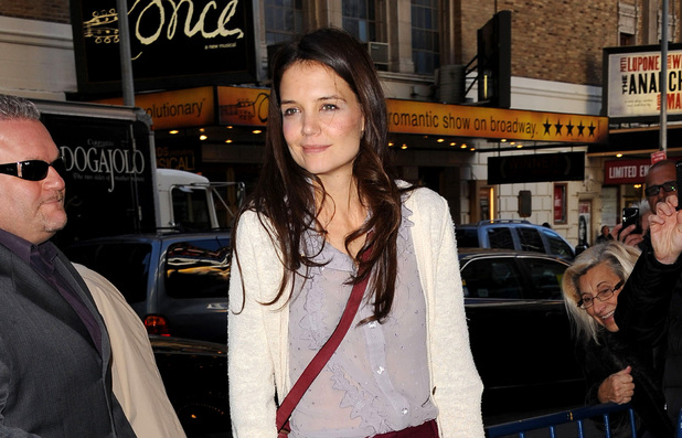 Katie Holmes arrives at her Broadway play 'Dead Accounts' in New York