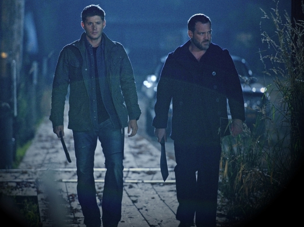 Supernatural S08E09:'Citizen Fang' - Jensen Ackles as Dean and Ty Olsen as Benny