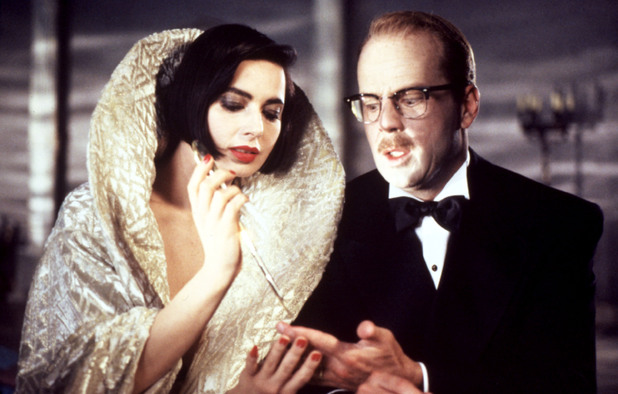 'Death Becomes Her' (1992) still: Isabella Rossellini, Bruce Willis