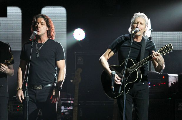 Dave Kilminster and Roger Waters