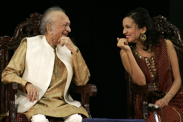 Ravi Shankar with daughter Anoushka Shankar, photographed in Kolkata (Calcutta) during 2009