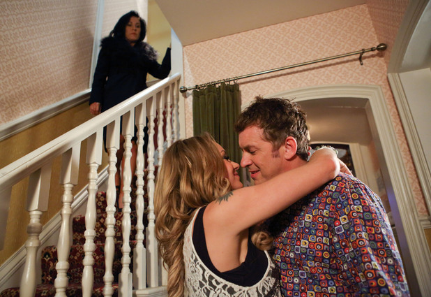 Kat overhears Alfie asking Roxy to move in.